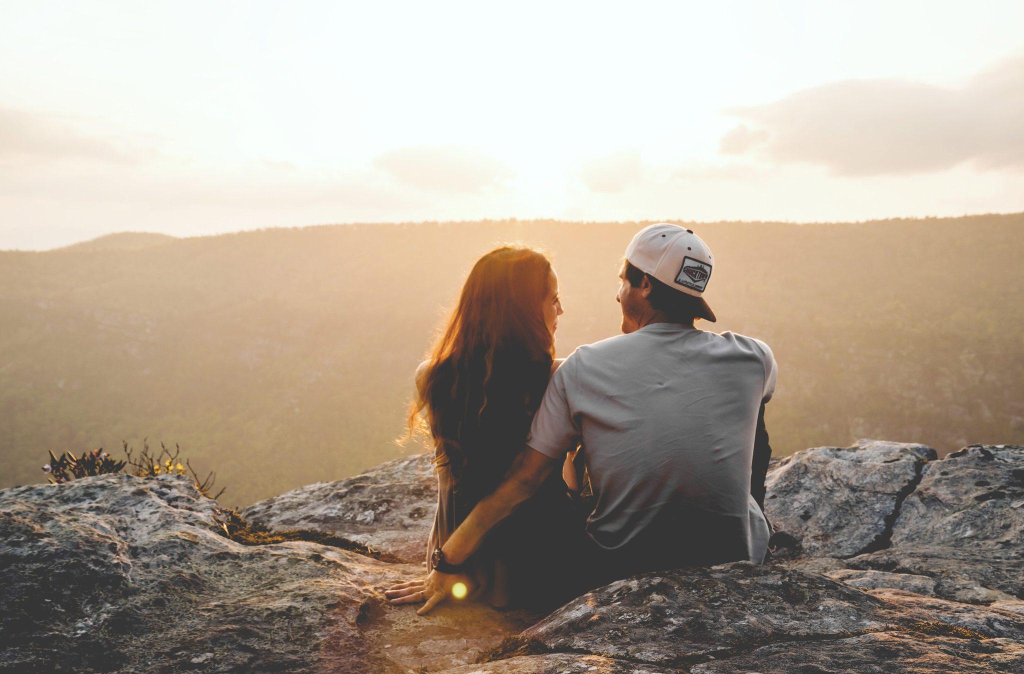 Adventurous Date Ideas - Watch the Sun Set