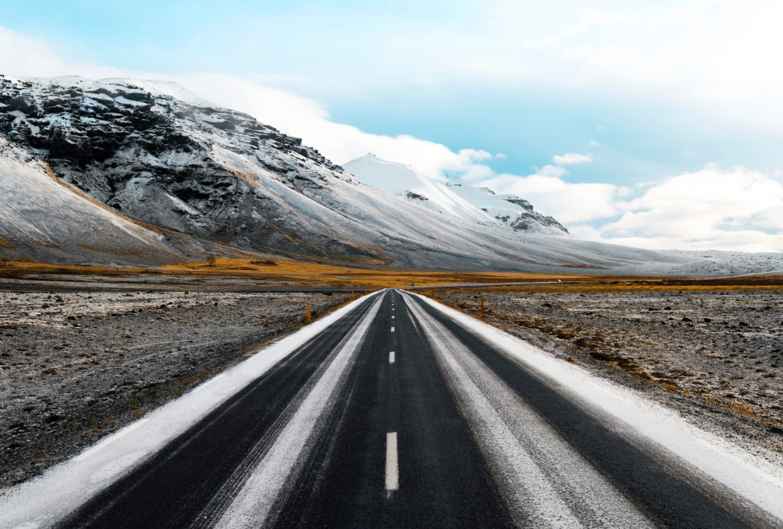 10 Essentials for a Snowy Road Trip